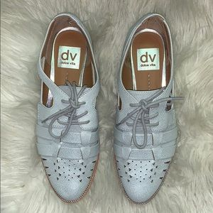 Dolce Vita Shoes - NWOT Dolce Vita DV perforated Oxford shoes